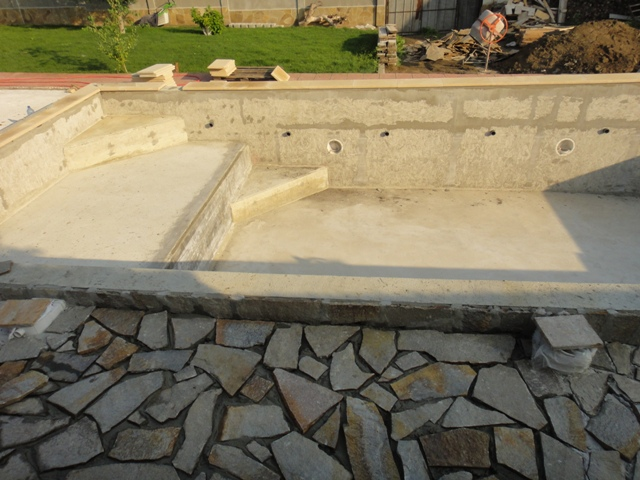 16-Paving-the-area-around-the-pool1