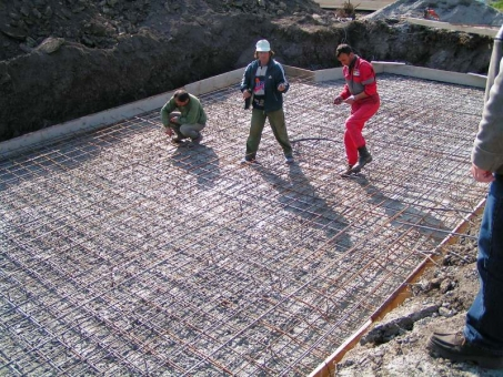 Work on the inground swimming pool in Bulgaria - reinforced concrete