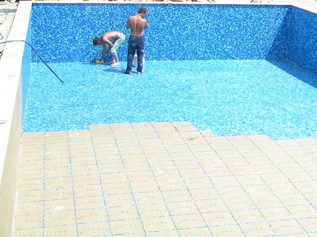05-pool-2.jpg